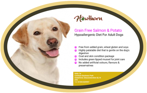 High-quality salmon and potato dog food, with high protein for working dogs chosen by us for its great value label